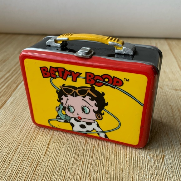 Betty Boop Other - Betty Boop Collectible - Suit Case / Box